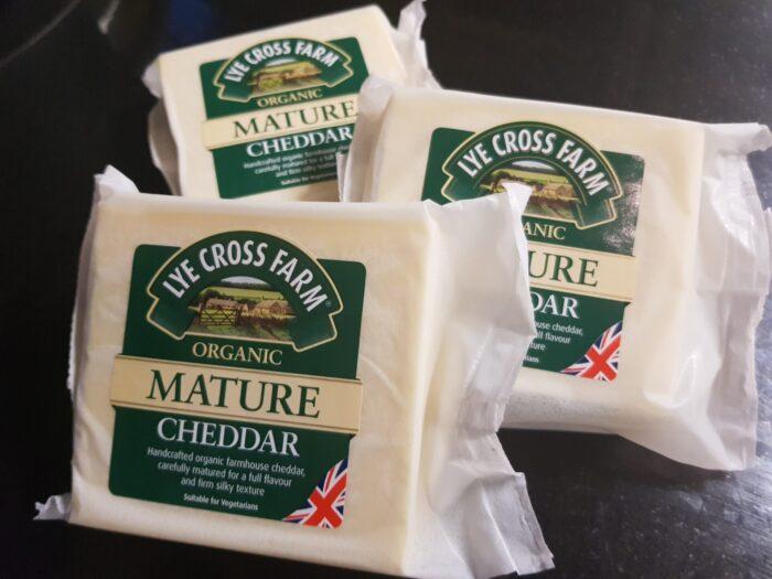 Lye Cross Organic Mature Cheddar