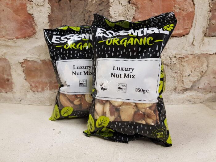 Essentials Luxury Nut Mix